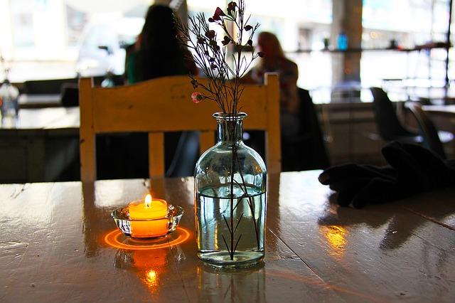 candle-1180387_640