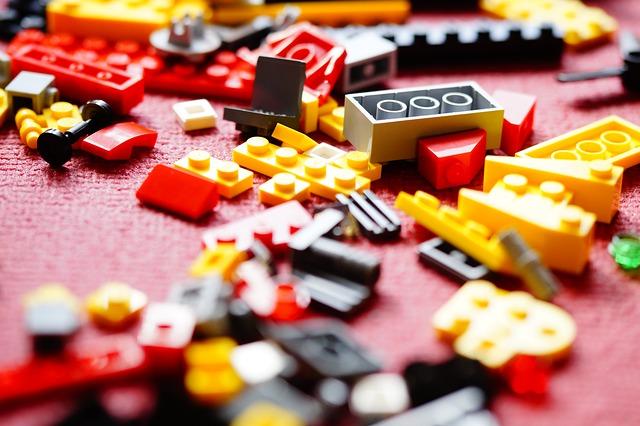 lego-708088_640