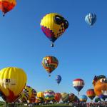 hot-air-balloon-2056894_640