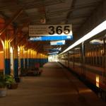 train-2626657_640