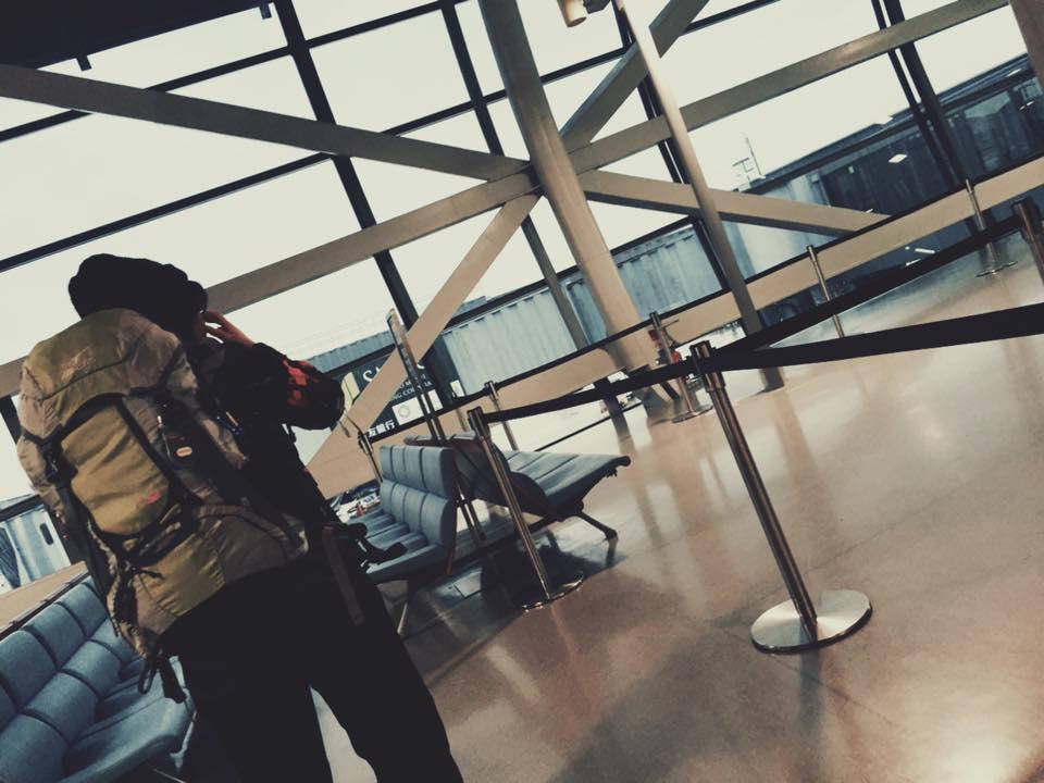 関西国際空港にて。機内OKのバックパック