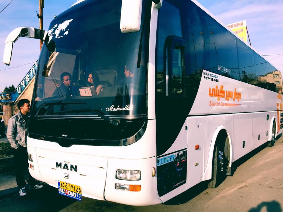 アルメニア(エレバン) ⇄ イラン(テヘラン)を走るバス