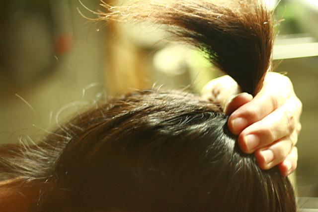 髪の毛、寄せ集めて〜